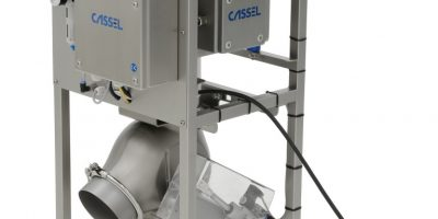 Free fall detector to discover metal contaminants in a continuous product flow, i.e. in flour.